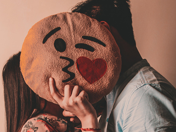 beijo virtual - carinho virtual - distanciamento social - dia do beijo