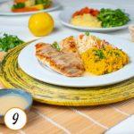 Filé de Saint Peter grelhado ao molho de limão siciliano, purê de abóbora e arroz à grega